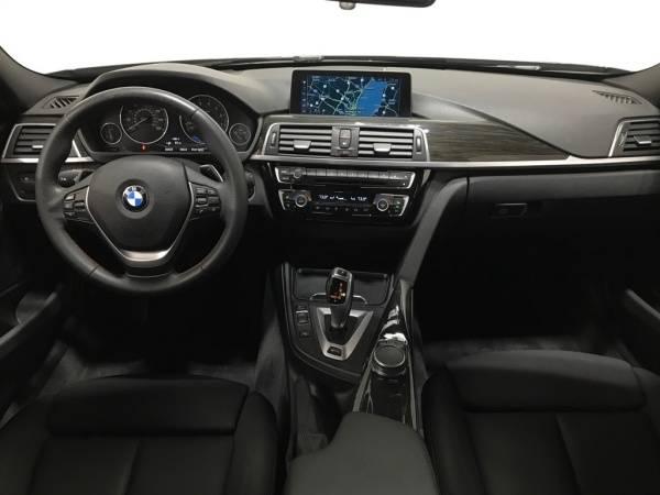 2017 BMW 3 Series WBA8E1C36HA156269
