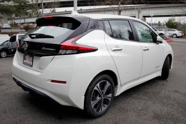 2018 Nissan LEAF 1N4AZ1CP2JC302839