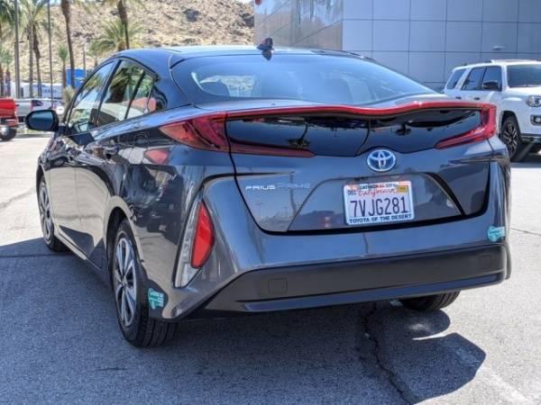 2017 Toyota Prius Prime JTDKARFPXH3002170