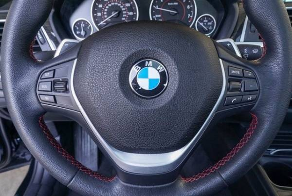 2017 BMW 3 Series WBA8E1C34HA029987