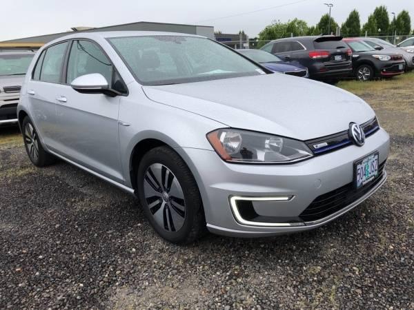 2016 Volkswagen e-Golf WVWKP7AU9GW911403