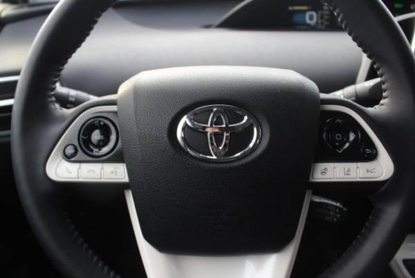 2017 Toyota Prius Prime JTDKARFP1H3065237