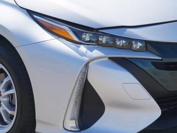 2017 Toyota Prius Prime JTDKARFP3H3016640