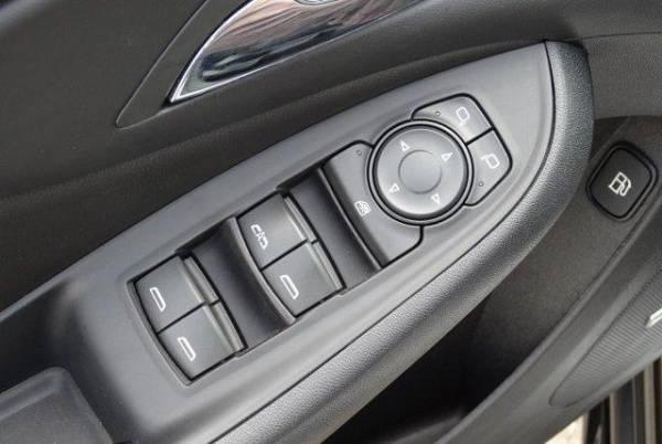 2017 Chevrolet VOLT 1G1RD6S55HU210582