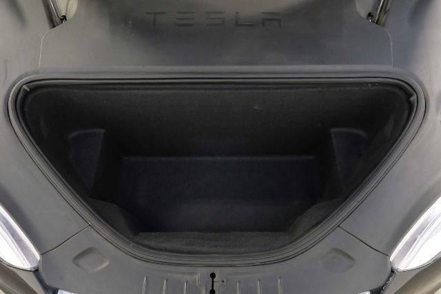 2016 Tesla Model S 5YJSA1E1XGF176630