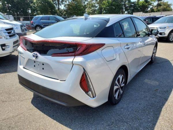 2017 Toyota Prius Prime JTDKARFP0H3062362