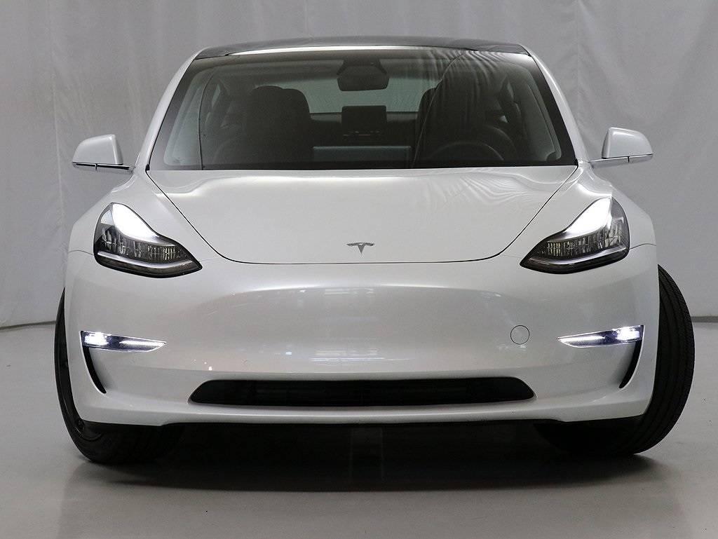 2019 Tesla Model 3 5YJ3E1EB4KF493488