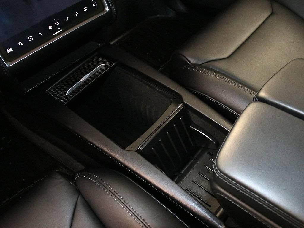 2018 Tesla Model X 5YJXCBE27JF108999