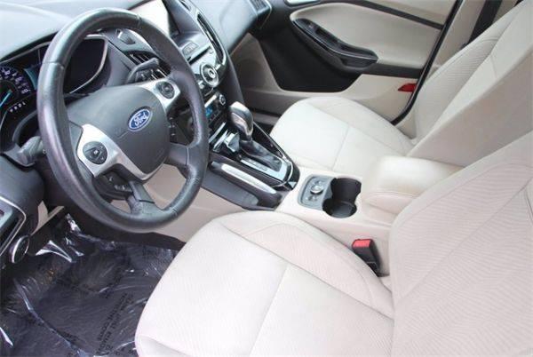 2012 Ford Focus 1FAHP3R41CL411602