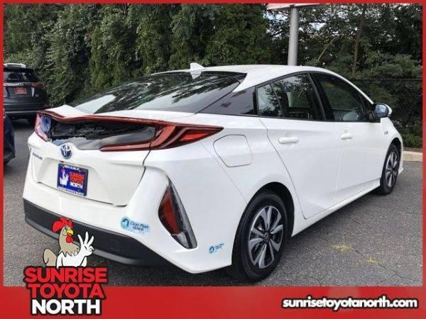2017 Toyota Prius Prime JTDKARFP5H3057769
