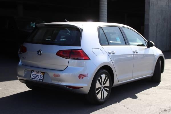 2016 Volkswagen e-Golf WVWKP7AU2GW917110