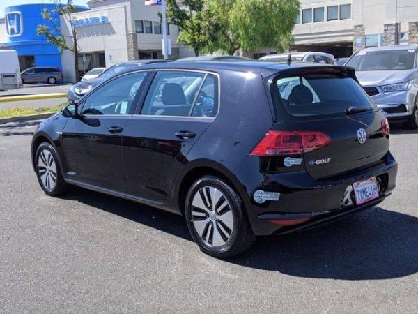 2016 Volkswagen e-Golf WVWKP7AU5GW913990