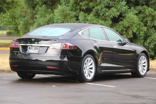 2018 Tesla Model S 5YJSA1E28JF248828