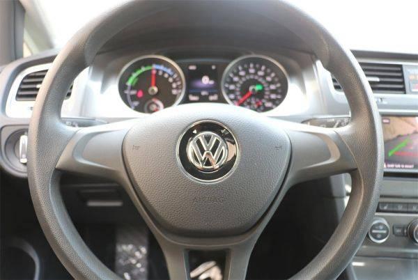 2016 Volkswagen e-Golf WVWKP7AU6GW916977