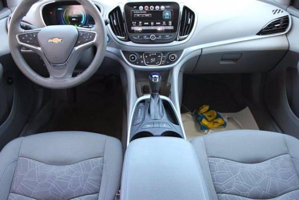 2017 Chevrolet VOLT 1G1RC6S55HU189753