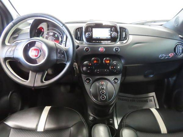 2017 Fiat 500e 3C3CFFGE4HT600670