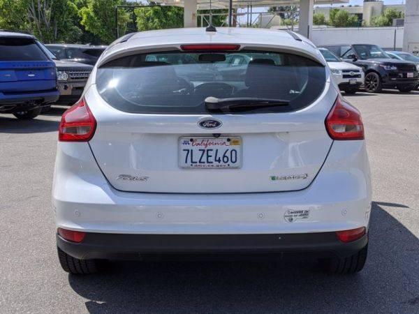2015 Ford Focus 1FADP3R40FL341481