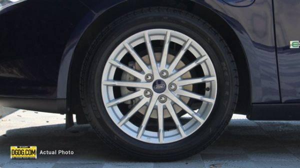 2017 Ford Focus 1FADP3R4XHL246008