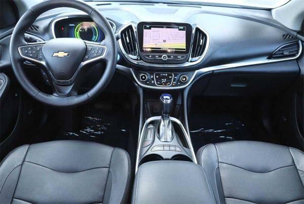 2017 Chevrolet VOLT 1G1RD6S54HU201890