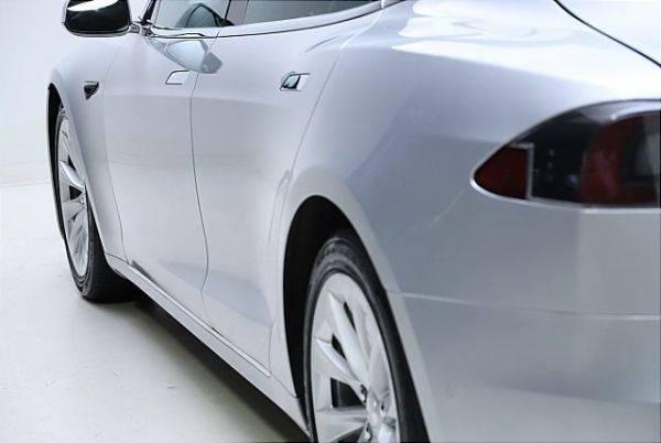 2017 Tesla Model S 5YJSA1E21HF192743