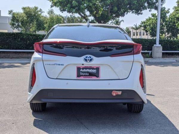 2017 Toyota Prius Prime JTDKARFPXH3007742