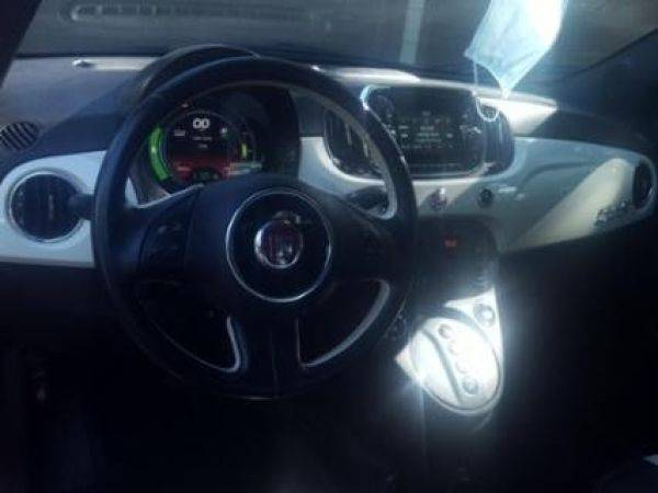 2017 Fiat 500e 3C3CFFGE3HT699093