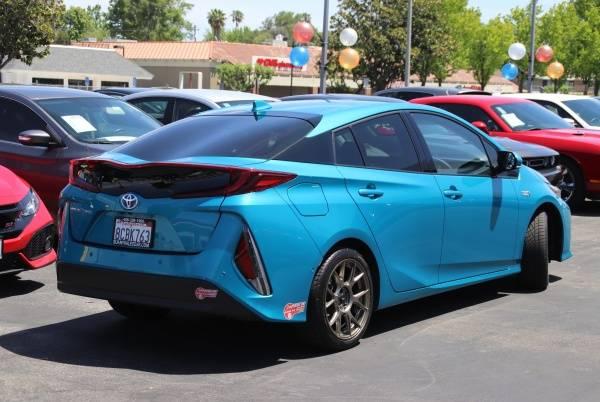 2017 Toyota Prius Prime JTDKARFP4H3060646