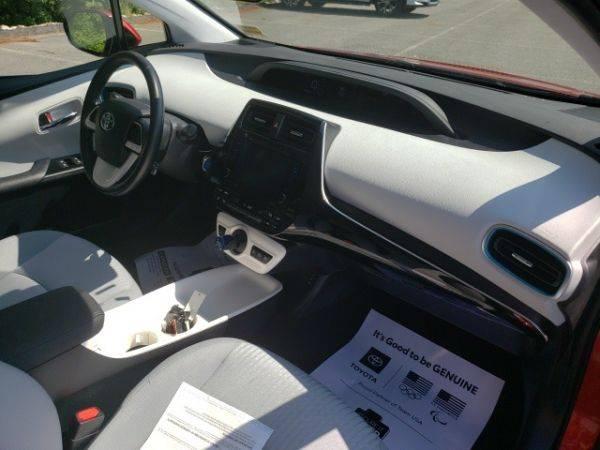 2017 Toyota Prius Prime JTDKARFPXH3003013