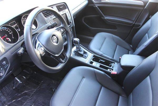 2016 Volkswagen e-Golf WVWPP7AU6GW916189