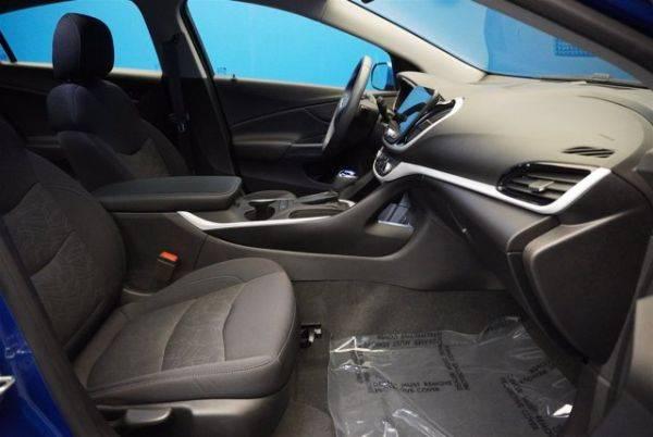 2017 Chevrolet VOLT 1G1RA6S56HU216528