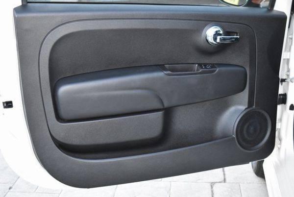 2017 Fiat 500e 3C3CFFGE5HT600564