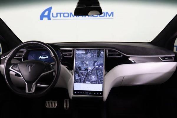 2017 Tesla Model X 5YJXCBE40HF039567