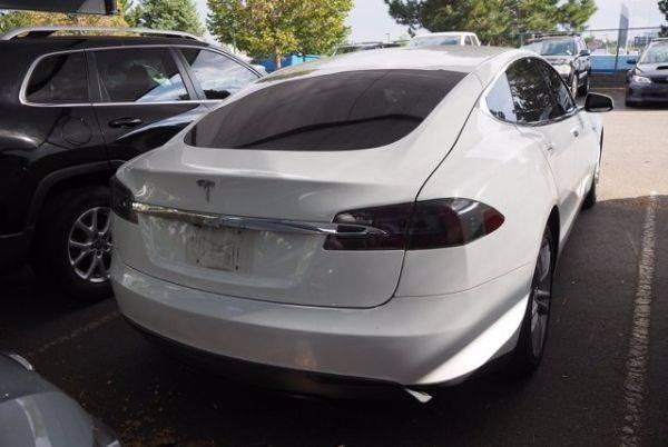 2014 Tesla Model S 5YJSA1S1XEFP41606