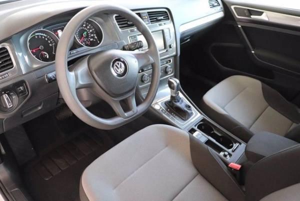 2016 Volkswagen e-Golf WVWKP7AU7GW915899