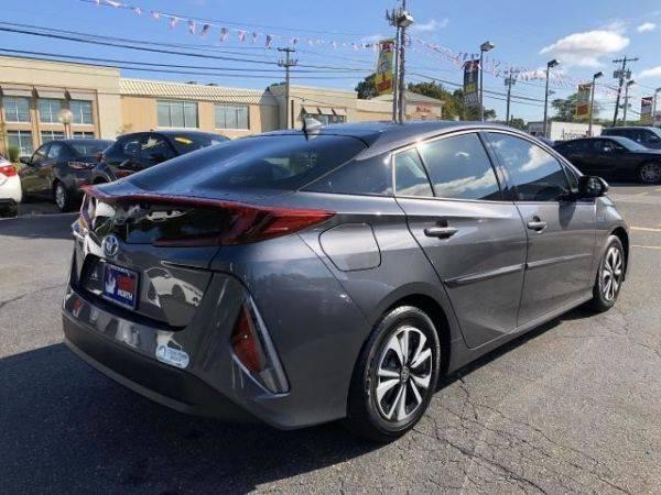 2018 Toyota Prius Prime JTDKARFP8J3101690