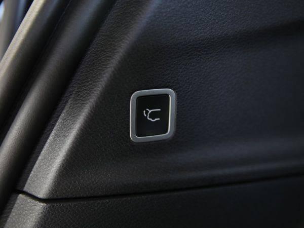 2019 Chrysler Pacifica Hybrid 2C4RC1N7XKR561776