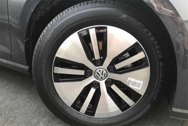 2019 Volkswagen e-Golf WVWPR7AU2KW912708