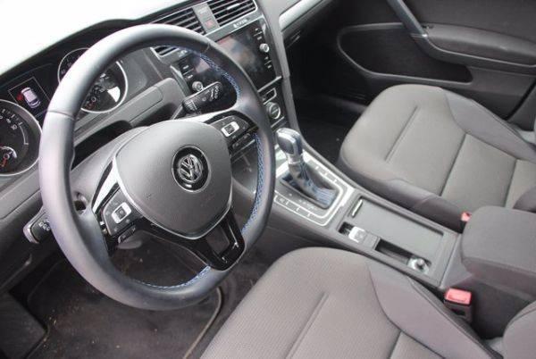 2019 Volkswagen e-Golf WVWKR7AU4KW903261