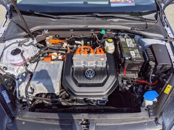 2016 Volkswagen e-Golf WVWKP7AU9GW913362