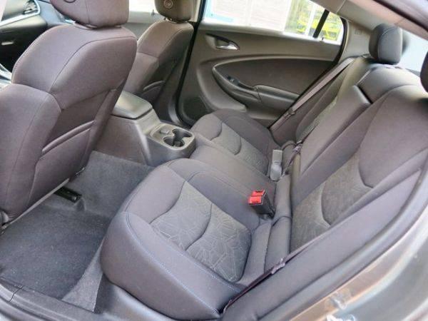 2017 Chevrolet VOLT 1G1RC6S57HU215897