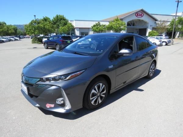 2017 Toyota Prius Prime JTDKARFPXH3057511