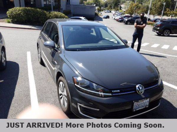 2019 Volkswagen e-Golf WVWKR7AU9KW915471