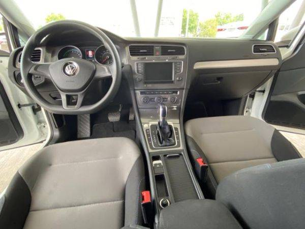 2016 Volkswagen e-Golf WVWKP7AU5GW914749