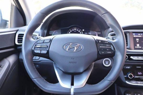 2017 Hyundai IONIQ KMHC75LH5HU009025