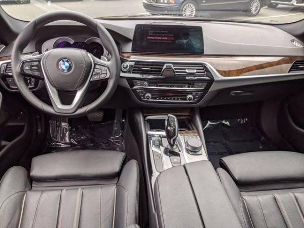 2018 BMW 5 Series WBAJA9C50JG622908