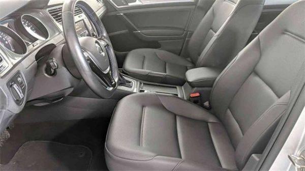 2016 Volkswagen e-Golf WVWPP7AUXGW902781