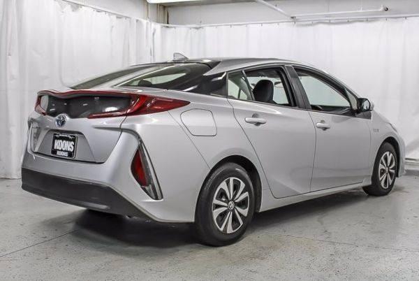2017 Toyota Prius Prime JTDKARFP1H3034974