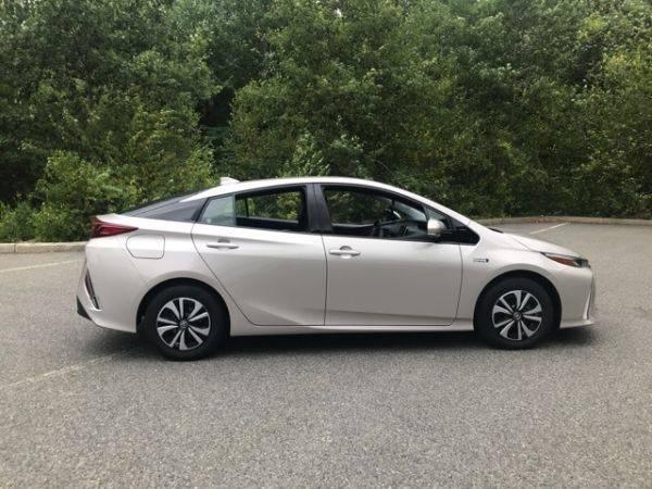 2018 Toyota Prius Prime JTDKARFP3J3093501