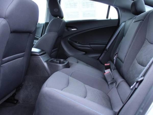 2017 Chevrolet VOLT 1G1RC6S50HU125071