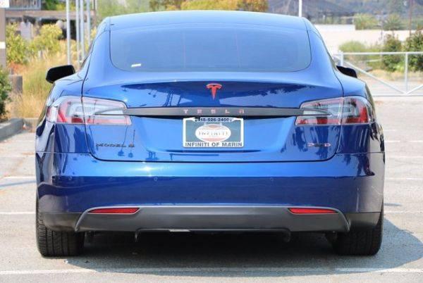 2015 Tesla Model S 5YJSA4H47FF087989